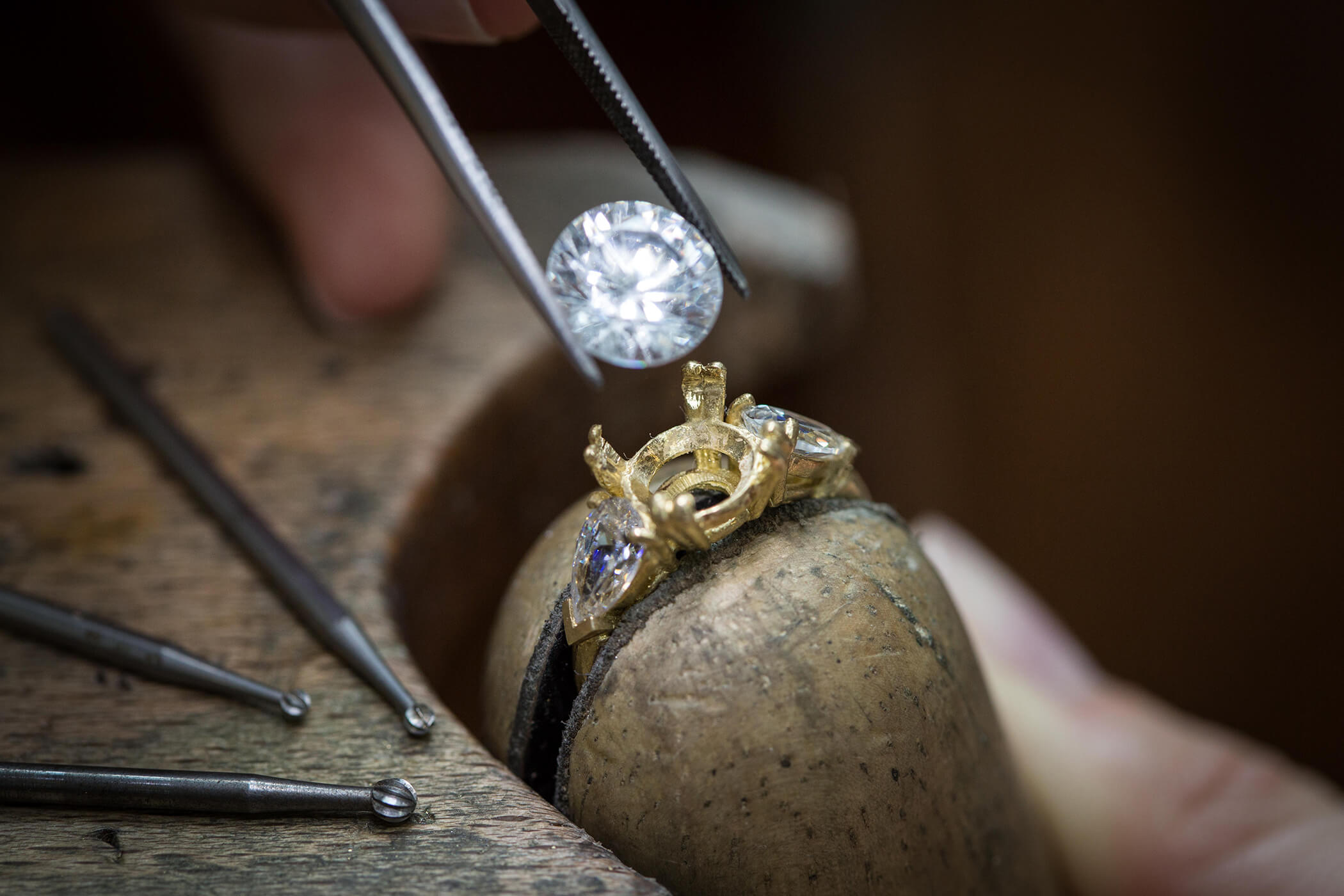 Jewellery Crafts and Techniques CAP - Setting Option • Haute École de  Joaillerie