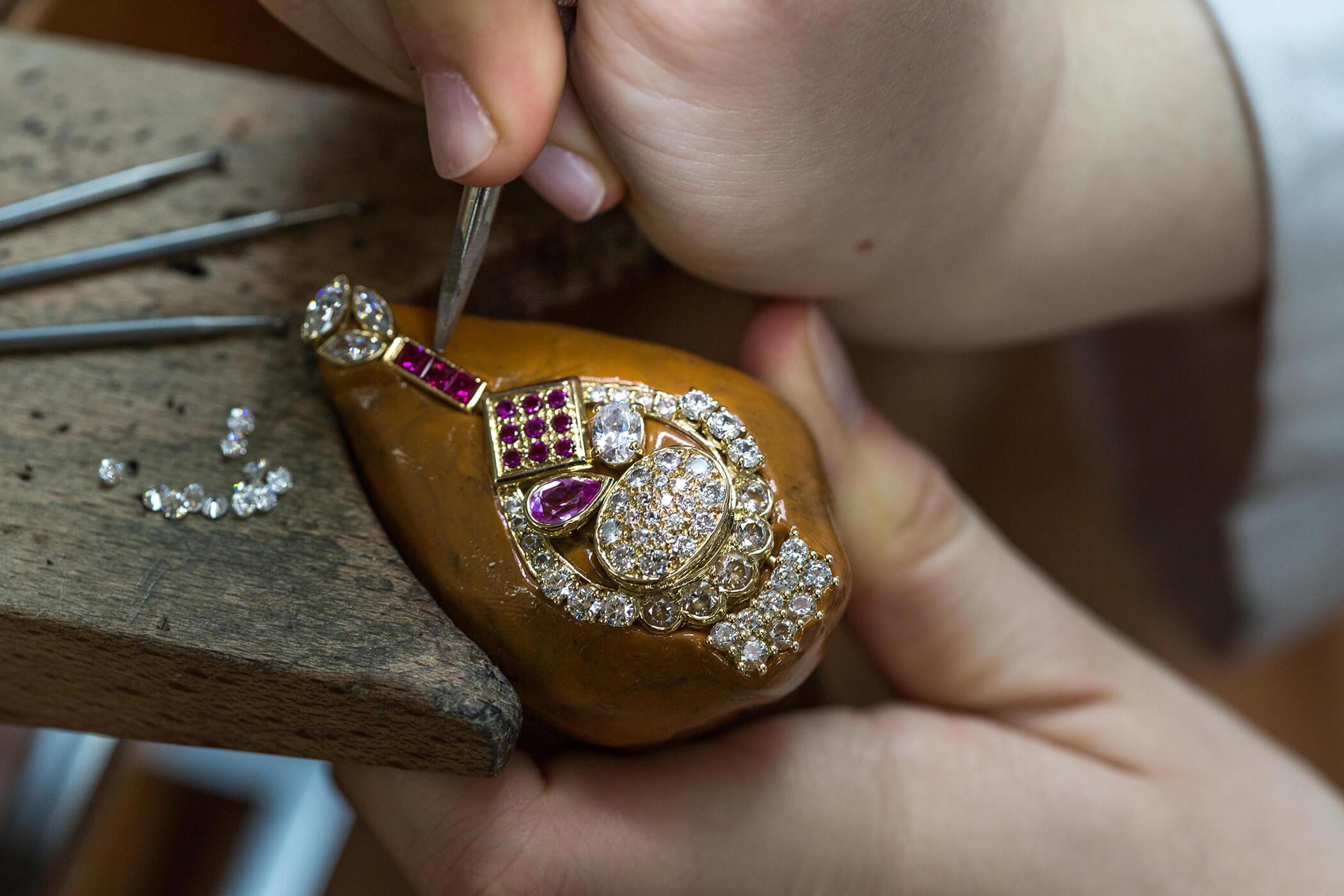 Cap bijoutier joaillier paris